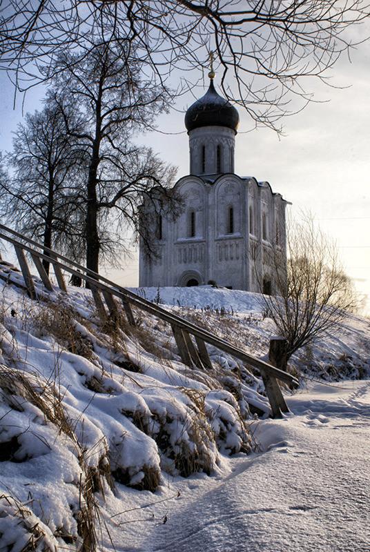 Один из символов России! Храм Покрова на Нерли в объективах фотографов;))