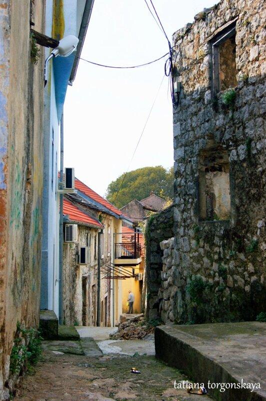 Улица в Требинье