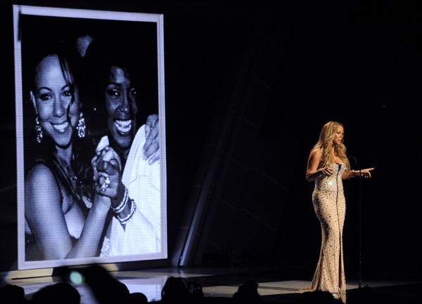 Мэрайа Кери BET Awards 2012 трибьют Уитни Хьюстон