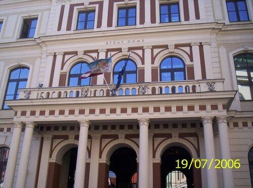 http://img-fotki.yandex.ru/get/5703/anton-liliya.9/0_58208_b9145aa_L.jpg