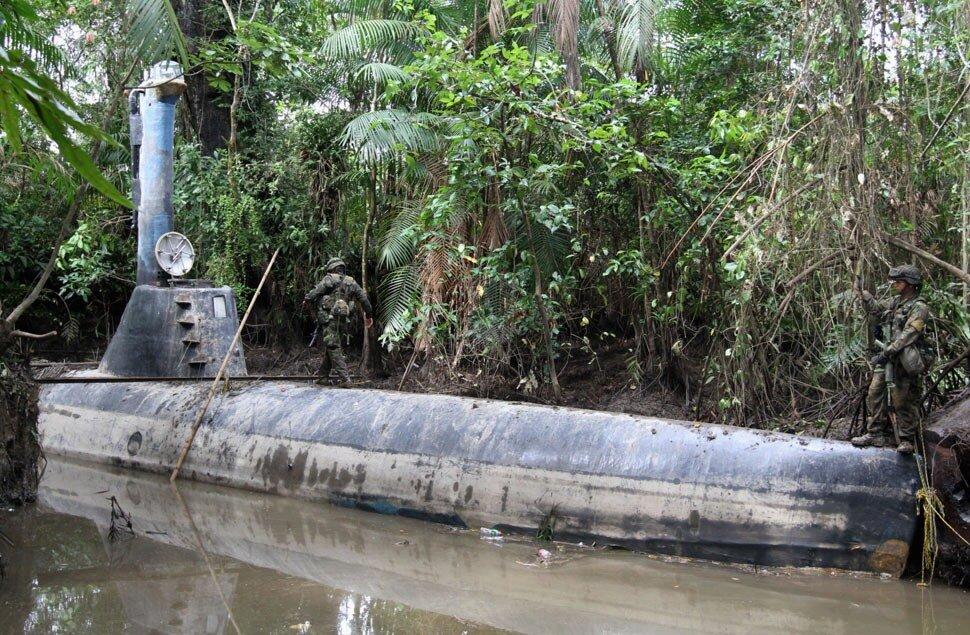 подводная лодка для контрабанды
