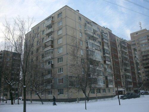 ул. Маршала Захарова 25