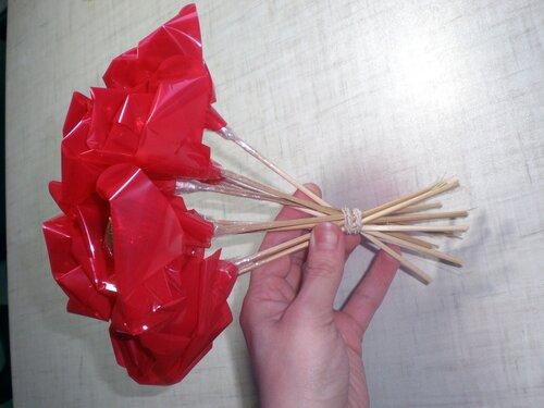 Подделки из конфет своими руками