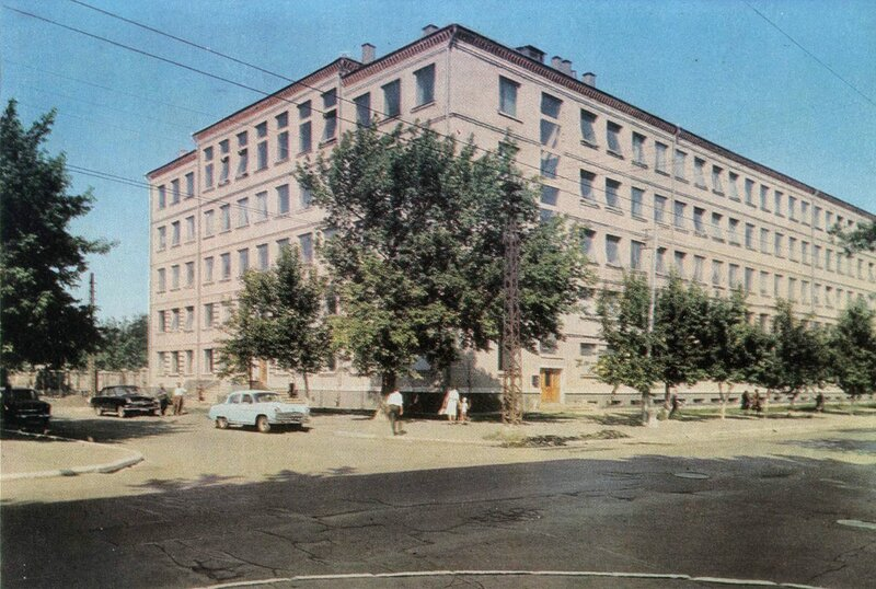 Угол Вавилова и Железнодорожной, 1967 год