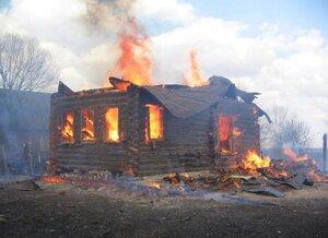 Житель Приморья погиб при пожаре в частном доме