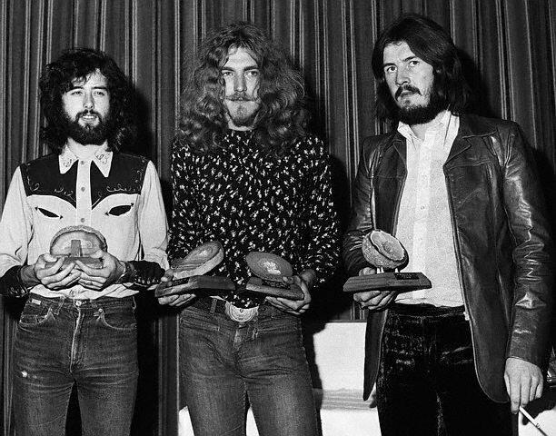 Led Zeppelin Win Award