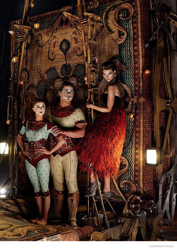 Артисты Cirque du Soleil и модель Александра Томлинсон (Alexandra Tomlinson) в журнале Fashion Magazine