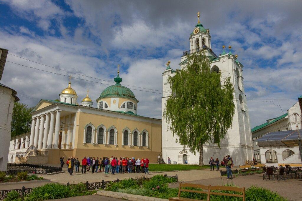 Церковь Ярославских Чудотворцев и звонница, Спасо-Преображенский монастырь, Ярославль