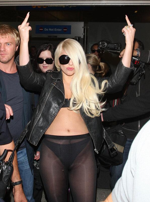 Леди Гага в LAX