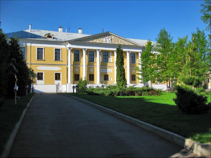 Усадьба Лопухиных, ныне Музей Рериха