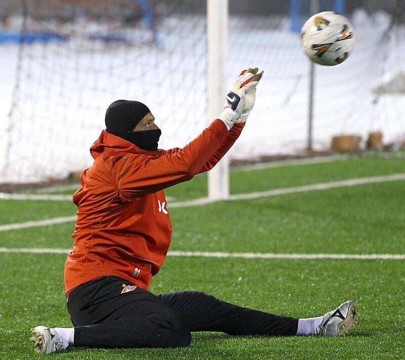 Прибытие «Спартака» в Новосибирск и тренировка (Фото)