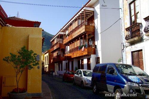 Тенерифе, Гарачико, балконы из тенерифской сосны