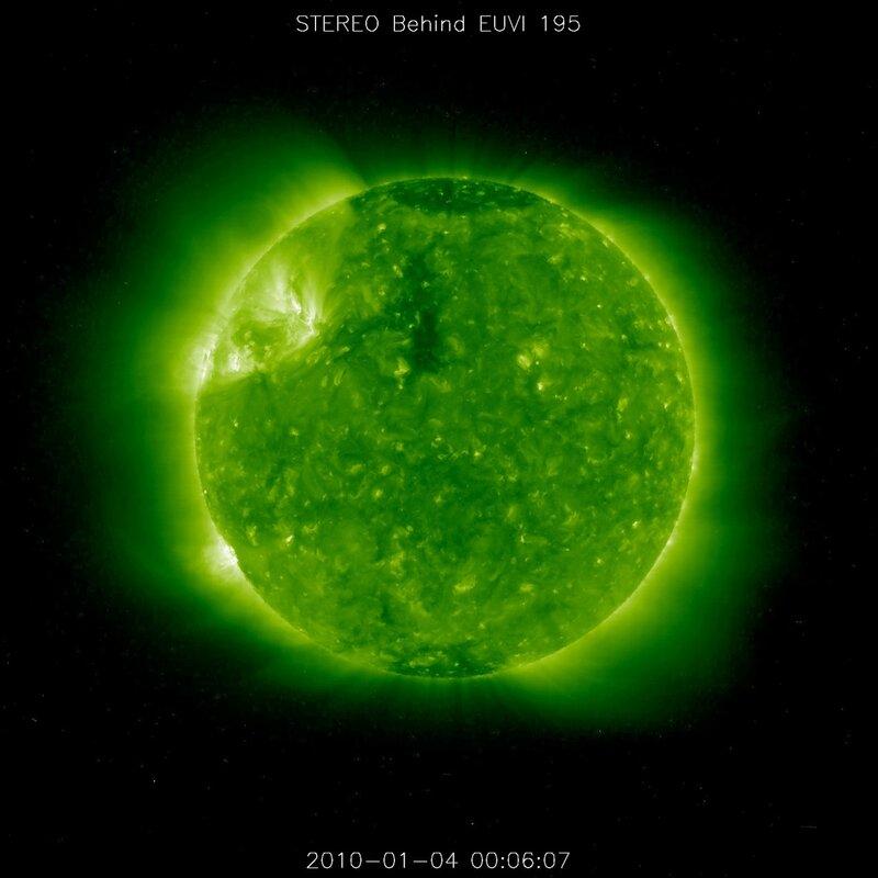 НЛО на Солнце! (фото+фильм) 0_5fce9_a60969c0_XL
