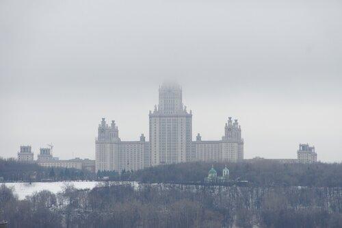 МГУ в облаках