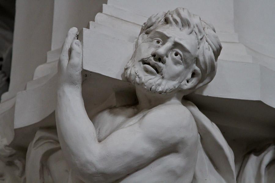Костел Святых апостолов Петра и Павла. Вильнюс.
