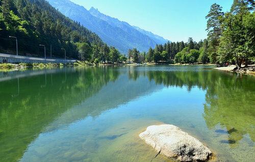 Теберда, Зеркальная гладь озера Кара-Кель