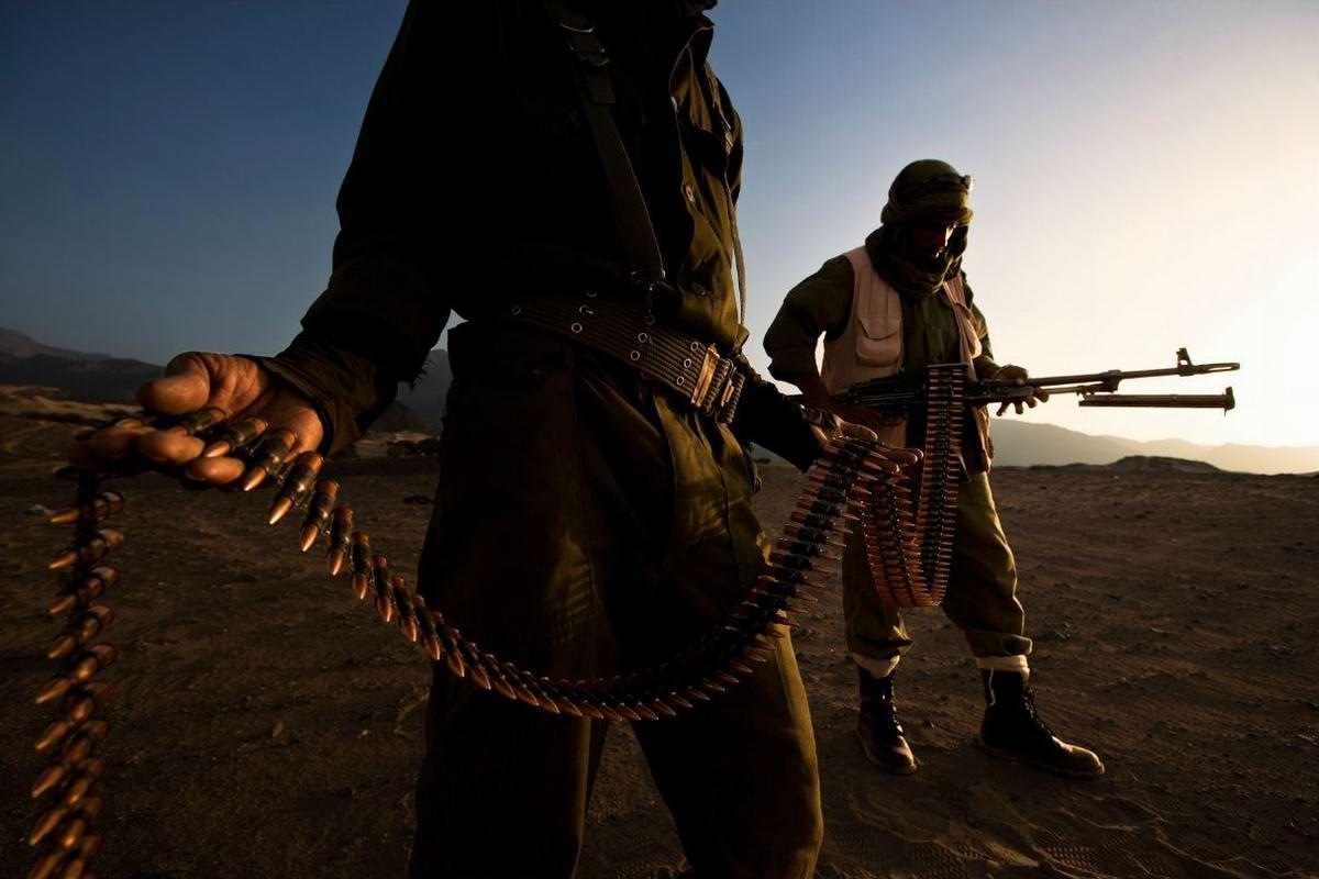 Воинственные североафриканские туареги на снимках фотографа из ЮАР Brent Stirton (10)
