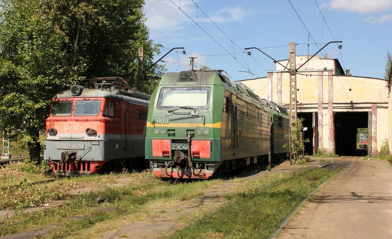 2ЭС4К-009 и ВЛ10-479 в Ховрино