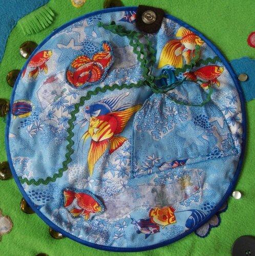 Развивающий коврик... Вода, вода... кругом вода