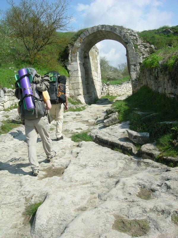 Древняя дорога в Чуфут-Кале