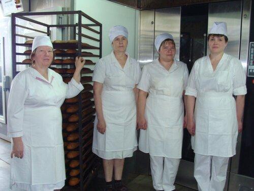 Рабочие Максатихинского хлебокомбината