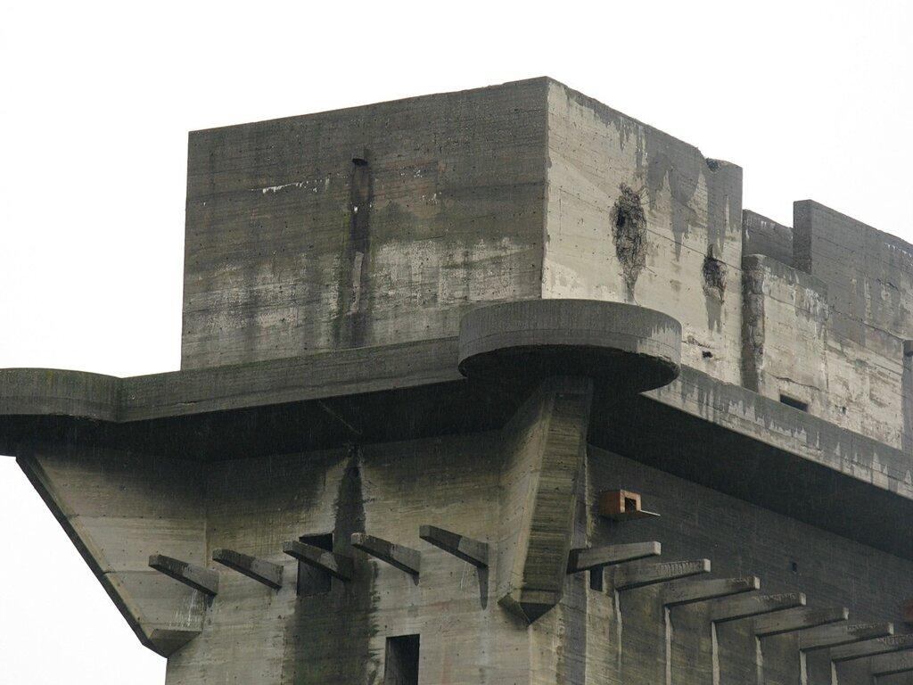 Вена. Башни ПВО парка Аугартен. Wienn. Flakturm. Air  defence tower