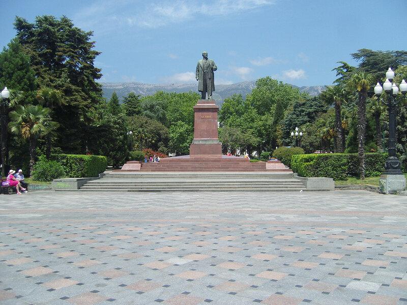 Ленин и пальмы