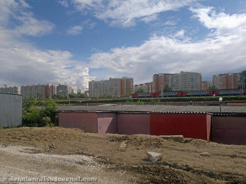 Вид на главный ход ОЖД, район станции Ховрино.