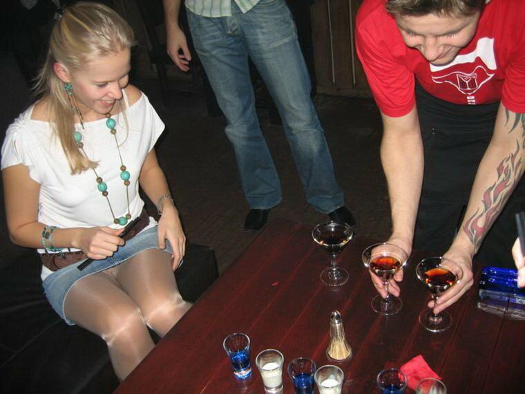 Подглядывание в ночных клубах