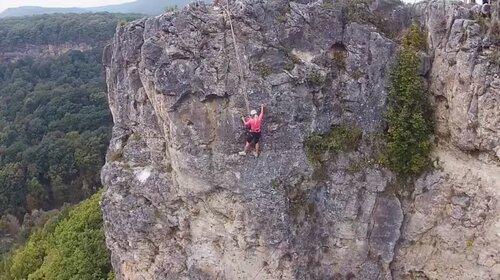 Отдых в горах, в Адыгее  в поселке Каменномостский