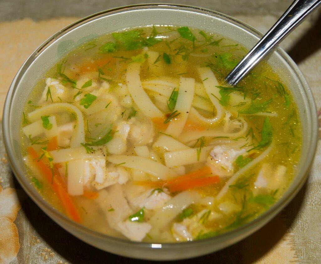 Токмач (куриный суп-лапша)