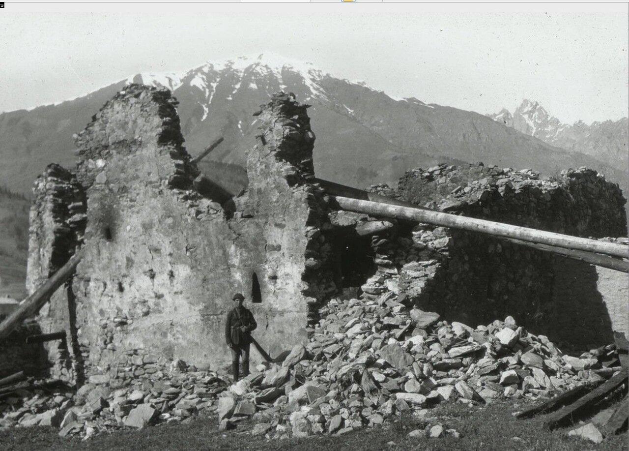 Мазаири. Древние руины