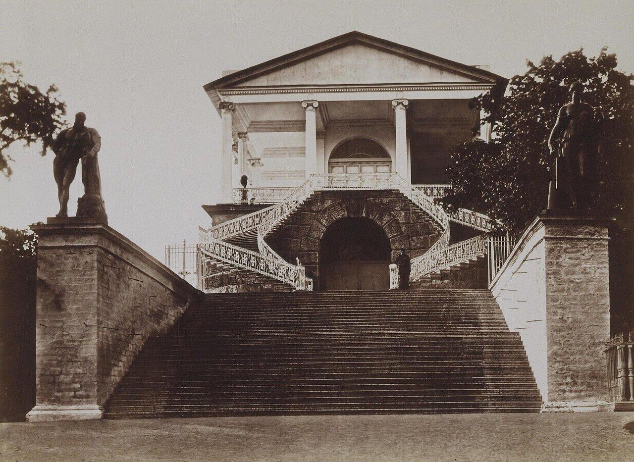 Камеронова галерея. Геркулесова лестница