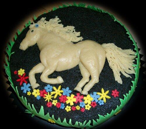 Торт с конем