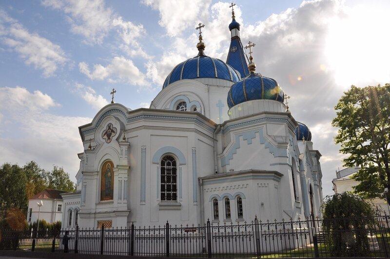 Елгавский православный кафедральный собор Св. Симеона и Св. Анны.