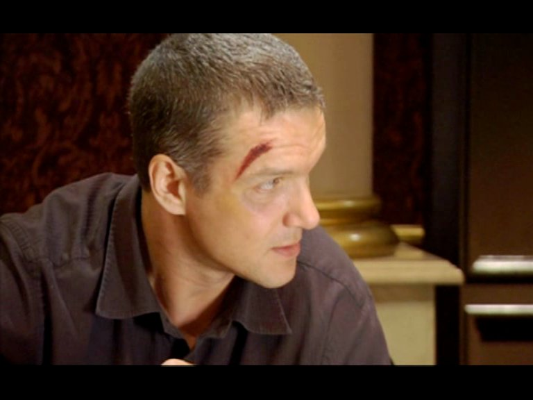 Человек ниоткуда (2010) DVDRip + DVD5. Скриншот №18