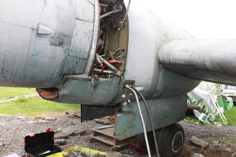подключение наземной гидростанции к Ил-14Т