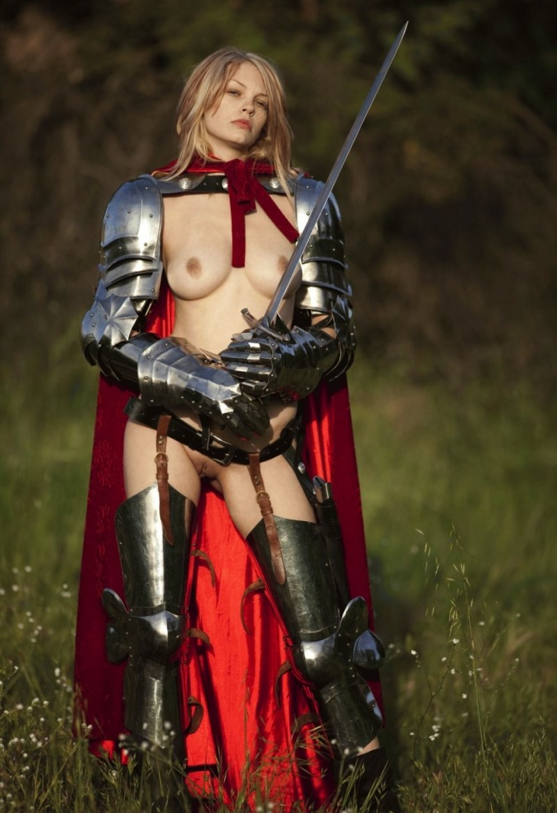Girl in armor porn pics fucking images