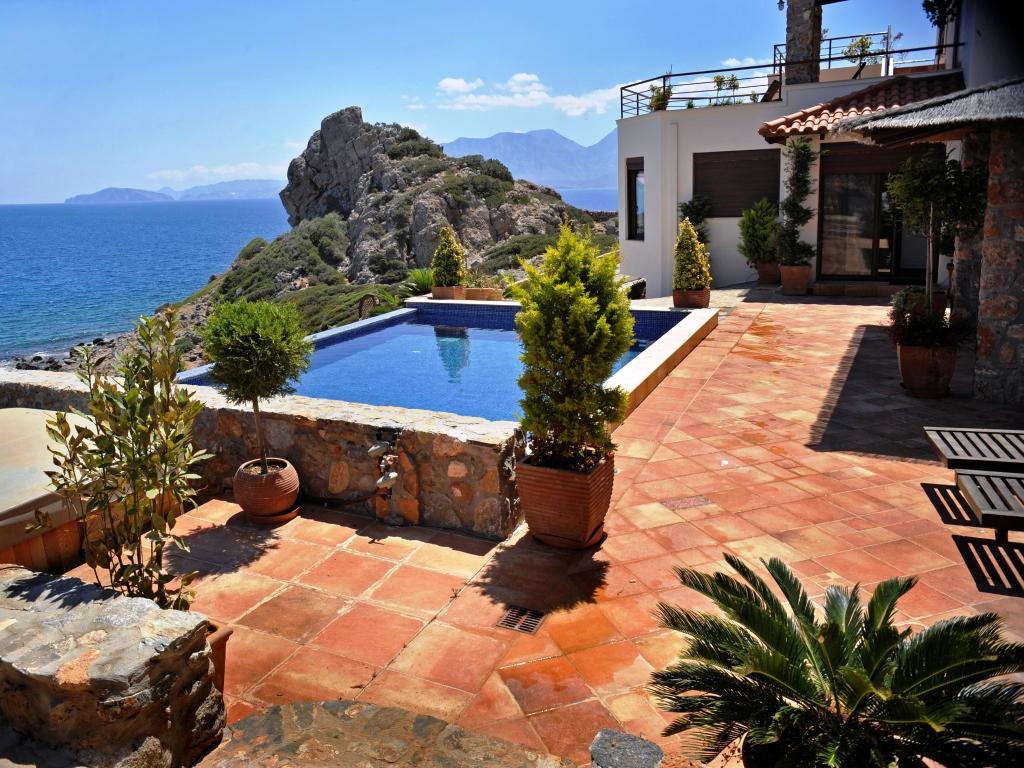 Туры за недвижимостью по Греции с туроператором Mouzenidis Travel