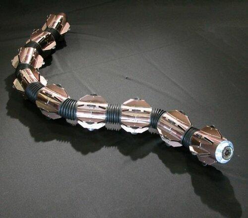 Робот-змея, как живой в воде