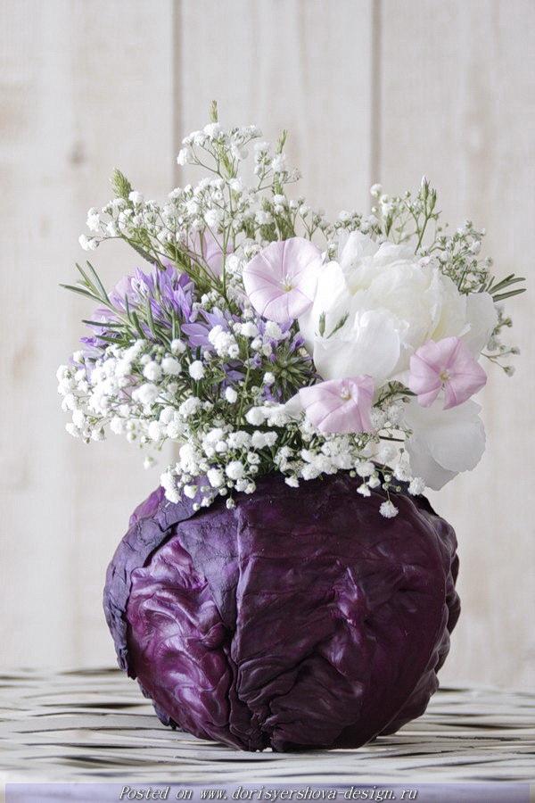 ваза из краснокачанной капусты, фиолетовый, белый, розовый