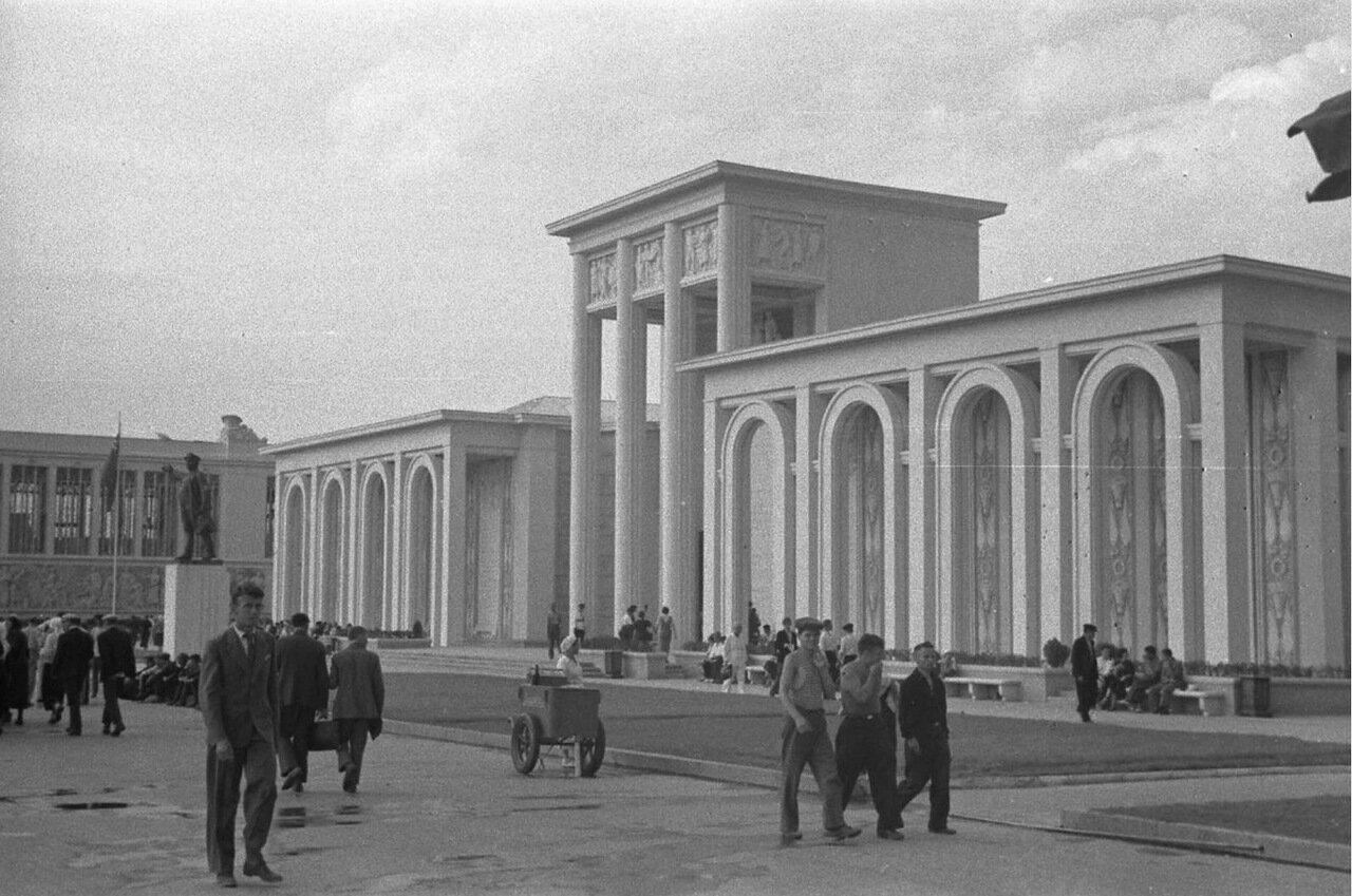 24. Павильон Ленинграда