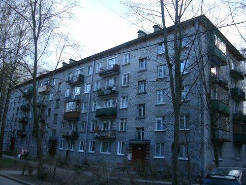 Дрезденская ул. 24