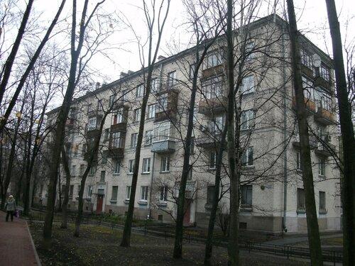 Варшавская ул. 52