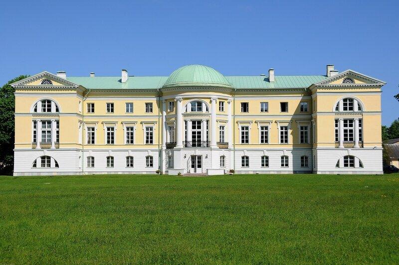 Дворец Межотне (Mežotnes pils). Латвия