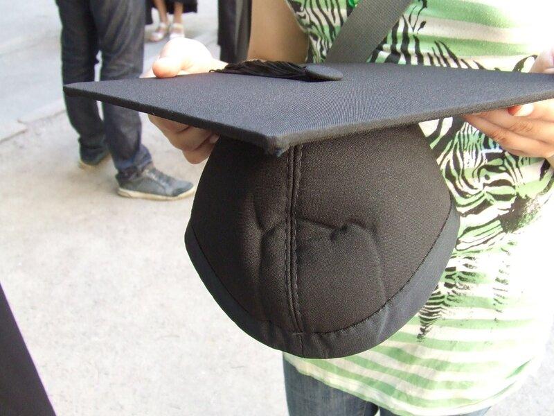 Как сделать университетскую шапку своими руками 27