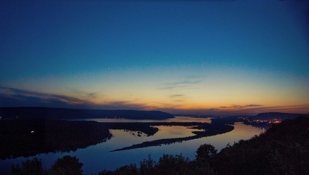 Ночная Самара, Волга, вид с вертолетной смотровой площадки