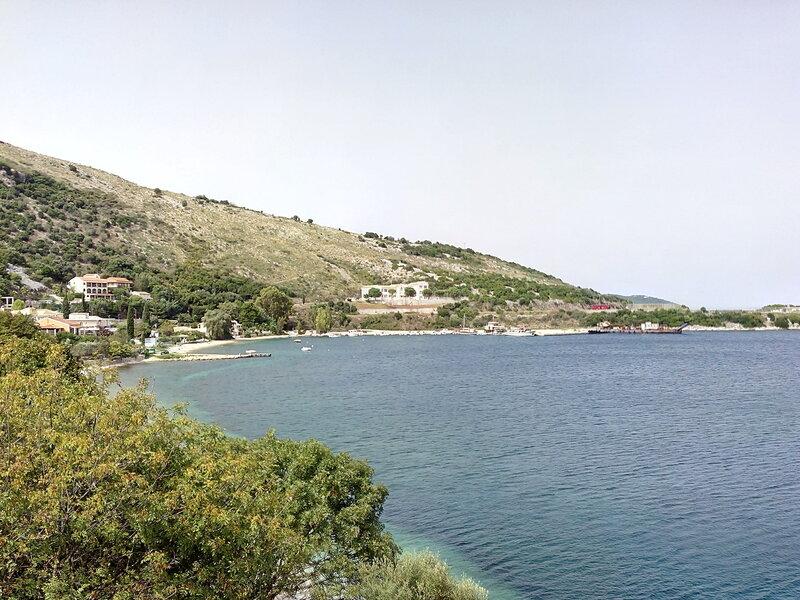 на машинке по северо-западу острова Корфу, Греция