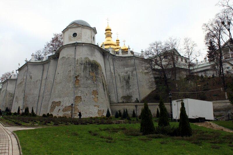 Дебоскетова стена до реставрации
