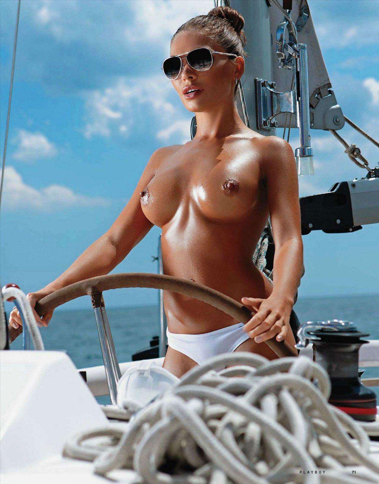 Юлия Новосельская / Julia Novoselskaya in Playboy Ukraine august 2011